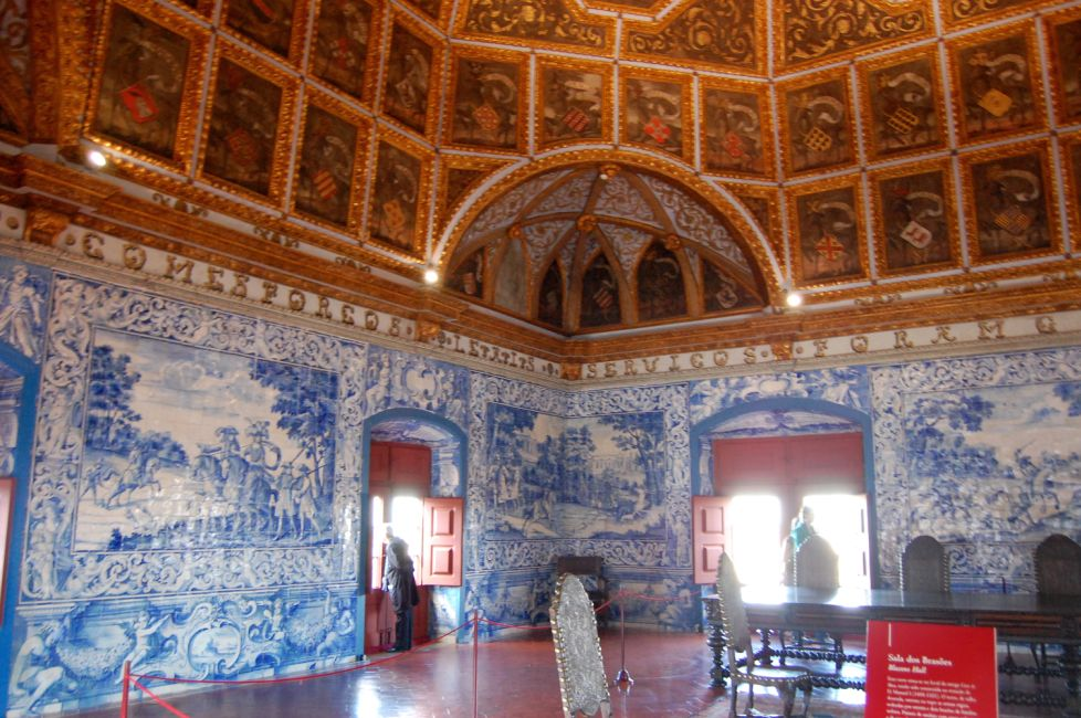 Sintra for Sala 976 latin palace