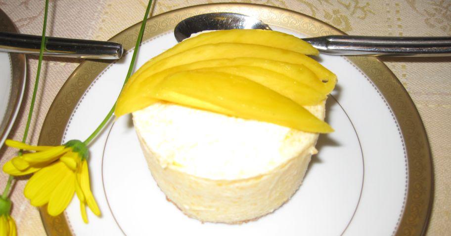 Frozen Mango-cream cakes - 3/27/10